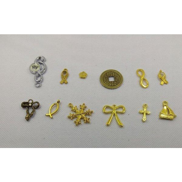 Breloques métal motif croix lot de 12 pièces