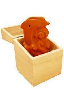 Brule parfum dauphin en céramique dans boite en bois