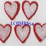 Coeur feutrine rouge et blanc 35 mm autocollant lot de 5 pièces pour décoration