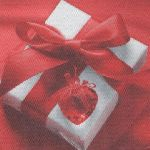 Serviette papier coeur cadeau et ruban 38 cm X 38 cm 2 plis