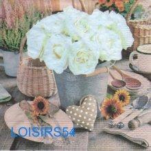Serviette papier coeur et roses blanche - 33 cm x 33 cm