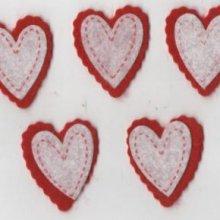 Coeur feutrine rouge et blanc autocollant 35 mm
