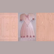 Plaque embossage motif robe