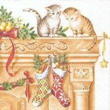 Serviette papier Chaton de Noël sur cheminée 33 cm X 33 cm